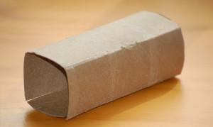 Istruzioni per costruire vasetto in carta riciclata