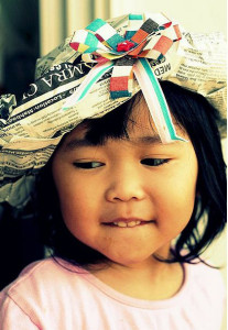 cappello di carta da dama per carnevale