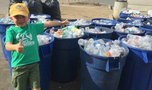 Capo di una azienda per raccolta rifiuti a 7 anni, la storia di Ryan
