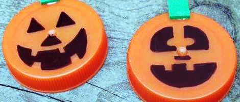 Lavoretto con tappi plastica riciclata per Halloween