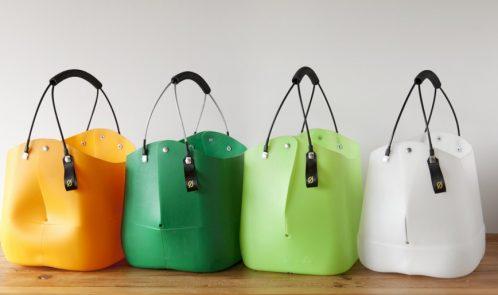 Borse di plastica con taniche riciclate